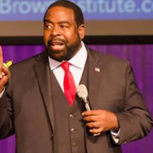 FROM POVERTY TO GREATNESS - Les Brown
